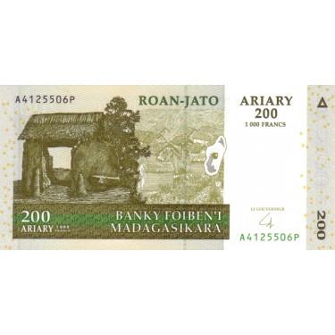 Madagaskar 200 Ariary 2004...
